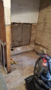 Bathroom before-1