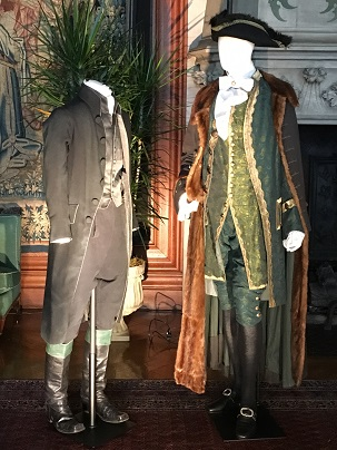 kathy bone--Johnny Depp's costume in Sleepy Hollow