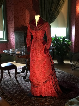 kathy bone--Nicole Kidman's costume from The Portrait of a Lady